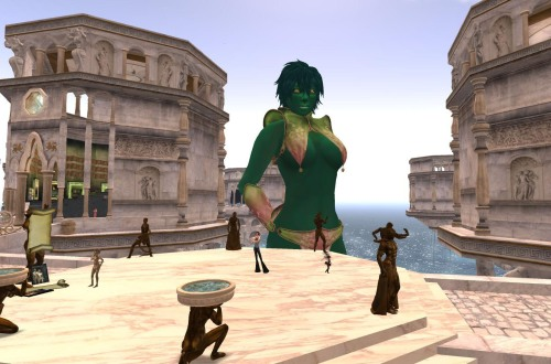 A giantess in The Tides, designed by Allia Baroque